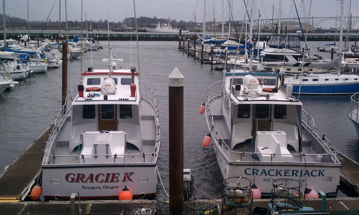 fishing charters near newport oregon